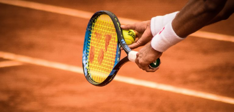Tennis, Gemeinnützigkeit, Verein, Bezahlung, Sportler